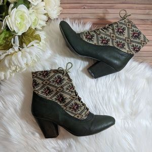 Shoes - Floral Rose Tapestry Fabric Lace Up Granny Booties